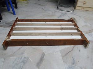 bed board and frames looking from bottom