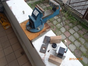 Parts used for jacking gear from motor shaft