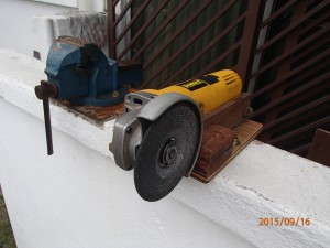 Angle Bench Grinder front view 1