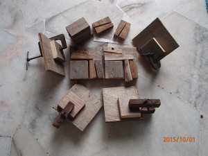 Gluing parts of the corner clamps