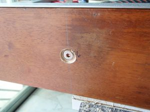 Recessed cut on bed board side to prevent bolt head from touching gantry