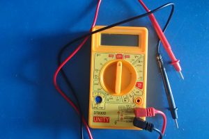 Cheap Chinese made multimeter